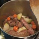 Brown giblets and vegetables