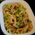 Mix pasta, leek and bacon